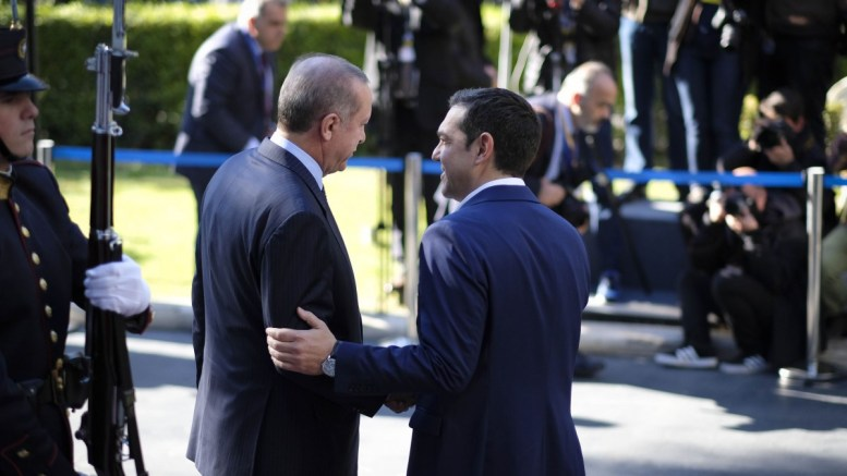 File Photo: Ο πρωθυπουργός Αλέξης Τσίπρας (Δ) υποδέχεται τον Πρόεδρο της Τουρκίας Ρετζέπ Ταγίπ Ερντογάν (Recep Tayyip Erdogan) (Α) στο Μέγαρο Μαξίμου, στην Αθήνα. Πέμπτη 7 Δεκεμβρίου 2017. ΑΠΕ-ΜΠΕ, ΓΡΑΦΕΙΟ ΤΥΠΟΥ ΠΡΩΘΥΠΟΥΡΓΟΥ, Andrea Bonetti
