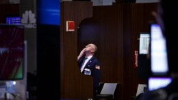 A traders works on the floor of the New York Stock Exchange in New York, New York, USA, on 08 February 2018. The Dow Jones industrial average closed down just over 1000 points today. EPA, JUSTIN LANE