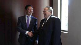 Ο υπουργός Εξωτερικών Νίκος Κοτζιάς με τον Σκοπιανό ομόλογό του Ντιμιτρόφ. ΑΠΕ-ΜΠΕ, ΝΙΚΟΣ ΑΡΒΑΝΙΤΙΔΗΣ