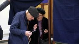 Ψηφοφόροι ασκούν το εκλογικό τους δικαίωμα στις Προεδρικές Εκλογές 2018, Λεμεσός 4 Φεβρουαρίου 2018. ΚΥΠΕ/ΚΑΤΙΑ ΧΡΙΣΤΟΔΟΥΛΟΥ