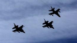 File Photo: Μαχητικά αεροσκάφη που συμμετέχουν στην στρατιωτική άσκηση Ηνίοχος πετούν στον ουρανό της Αθήνας. ΑΠΕ-ΜΠΕ, ΟΡΕΣΤΗΣ ΠΑΝΑΓΙΩΤΟΥ