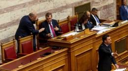File Photo: Ο Βασίλης Κικίλιας μιλά στην ολομέλεια της Βουλής. ΑΠΕ-ΜΠE, Παντελής Σαίτας