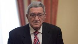 File Photo: Ο βετεράνος δημοσιογράφος Χρήστος Πασαλάρης (Δ) που έφυγε σήμερα από τη ζωή. ΑΠΕ-ΜΠΕ, Αλέξανδρος Μπελτές