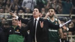 Ο προπονητής του Παναθηναϊκού Xavi Pascual δίνει οδηγίες στους παίκτες του κατά τη διάρκεια του αγώνα Παναθηναϊκός Ολυμπιακός για την 24η αγωνιστική της Ευρωλίγκα, στο ΟΑΚΑ, Παρασκευή 2 Μαρτίου 2018. ΑΠΕ-ΜΠΕ, ΓΕΩΡΓΙΑ ΠΑΝΑΓΟΠΟΥΛΟΥ