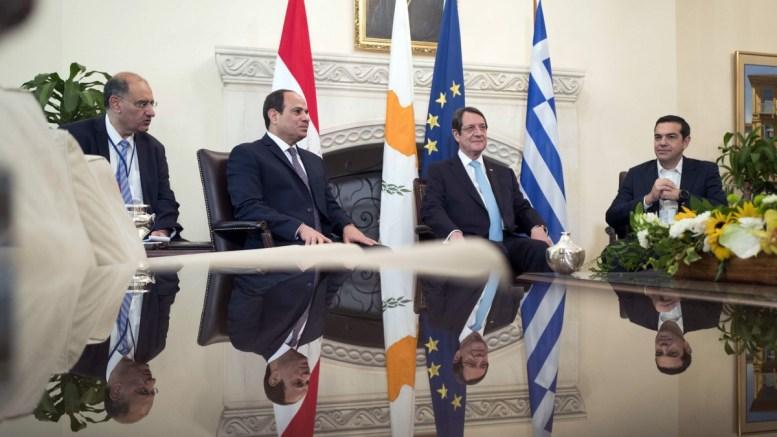 FILE PHOTO.  Ο Πρόεδρος της Κυπριακής Δημοκρατίας, Νίκος Αναστασιάδης (2ος Δ), ο πρωθυπουργός Αλέξης Τσίπρας (Δ) και ο Πρόεδρος της Αιγύπτου Αμπντέλ Φατάχ αλ Σίσι (2ος Α) συνομιλούν κατά την διάρκεια της συνάντησης τους στην Τριμερή Σύνοδο Κορυφής Ελλάδας-Κύπρου-Αιγύπτου, στη Λευκωσία. ΑΠΕ-ΜΠΕ, ΓΡΑΦΕΙΟ ΤΥΠΟΥ ΠΡΩΘΥΠΟΥΡΓΟΥ, Andrea Bonetti