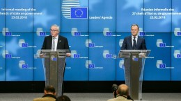 EU Commission President Jean-Claude Juncker (L) and European Council President Donald Tusk (R) in Brussels, Belgium. EPA, STEPHANIE LECOCQ