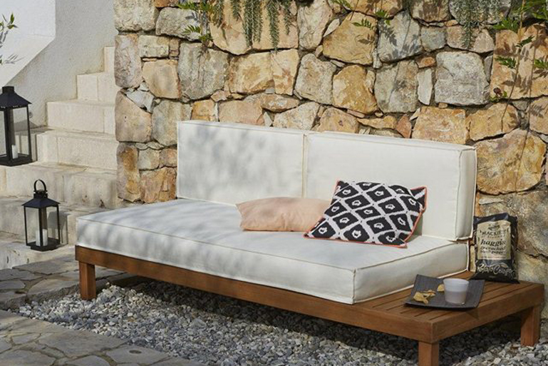 Banquettes daybed d 39 ext rieur for Banquette bambou