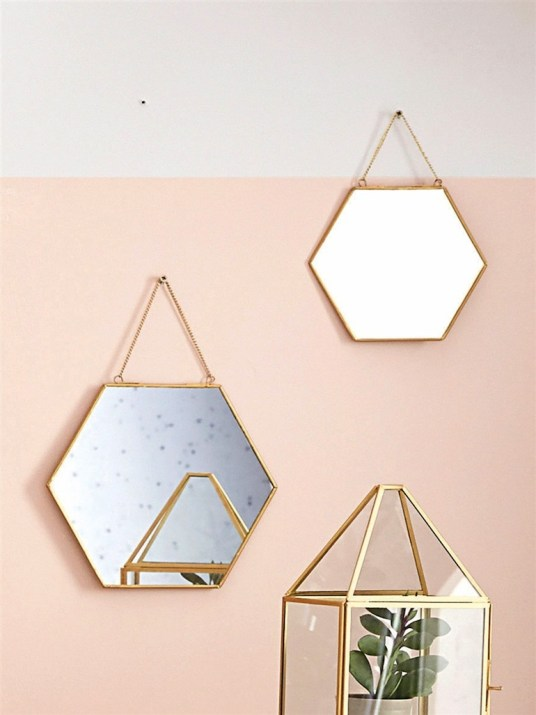 miroirs hexagonaux retro. Black Bedroom Furniture Sets. Home Design Ideas