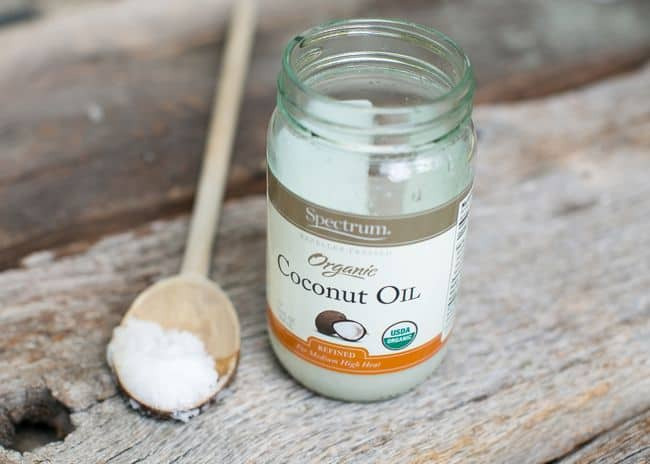 Coconut Oil for Chapped Lips | HelloGlow.co
