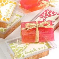 DIY Melt & Pour Loufah Soaps + Handmade Beauty Box Giveaway