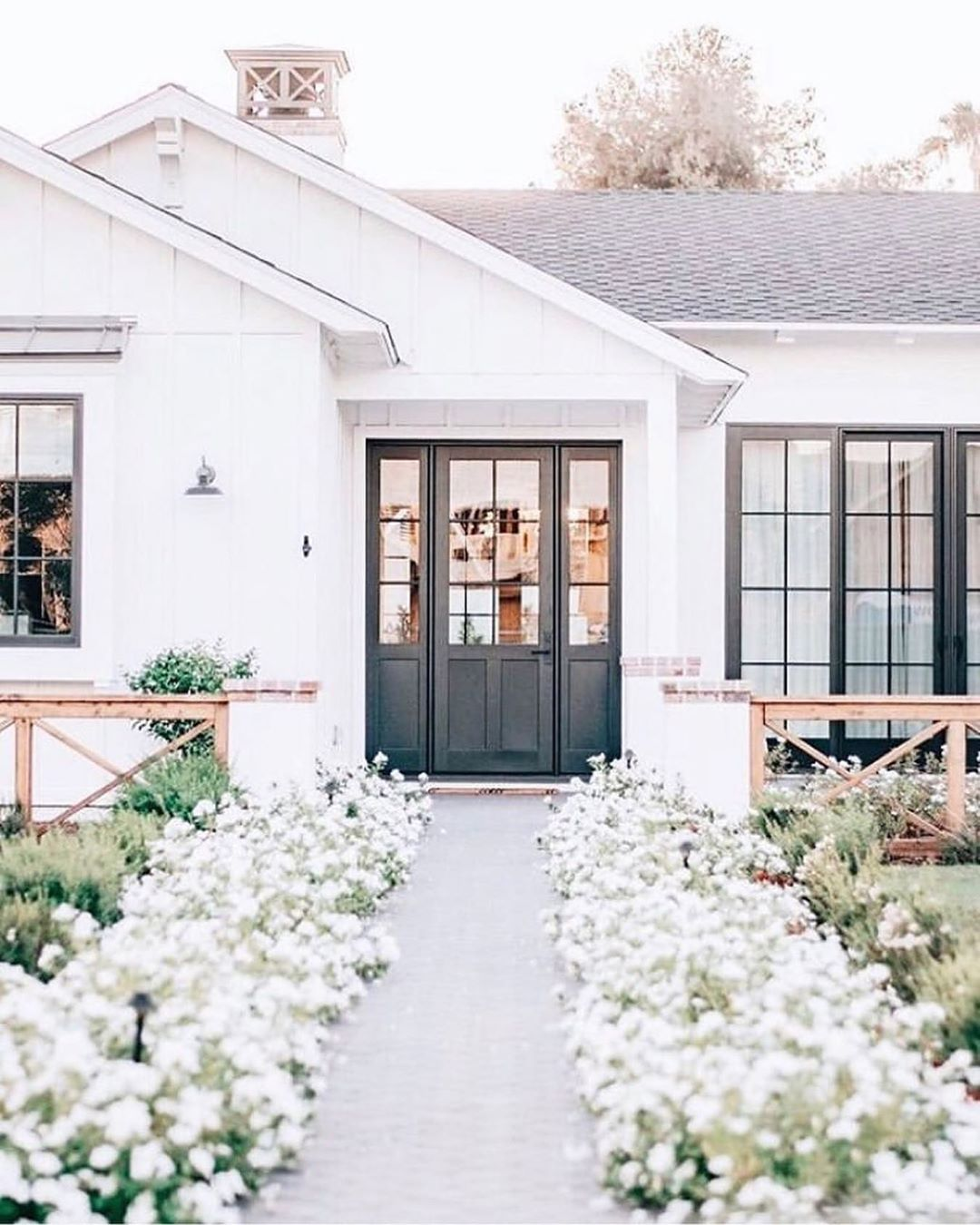 Gorgeous White Homes White Exterior Paint Colors To Try Now Hello Lovely