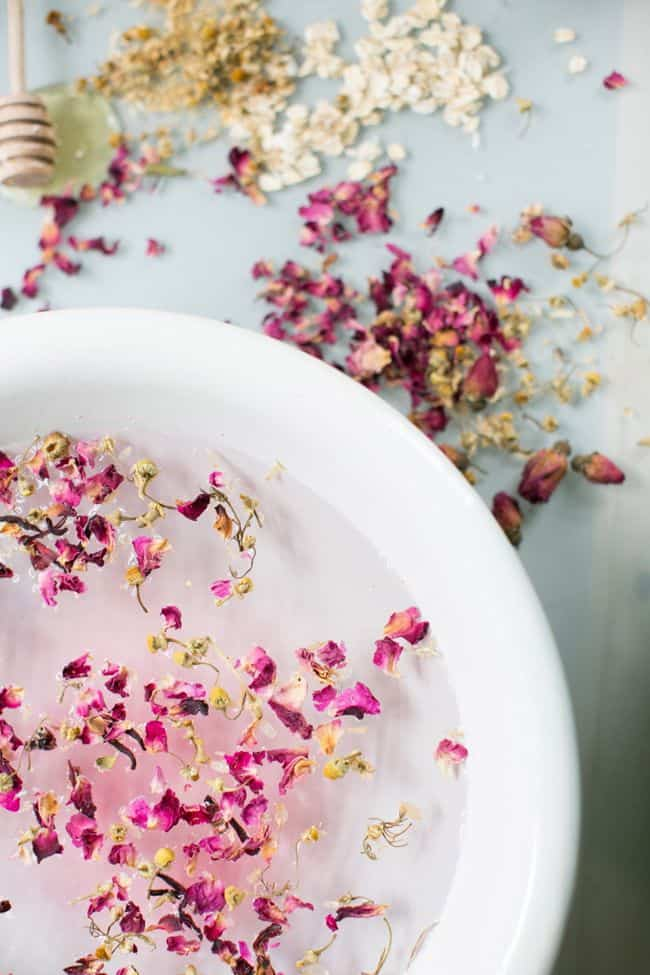 Rose + Chamomile Facial Steam | HelloNatural.co
