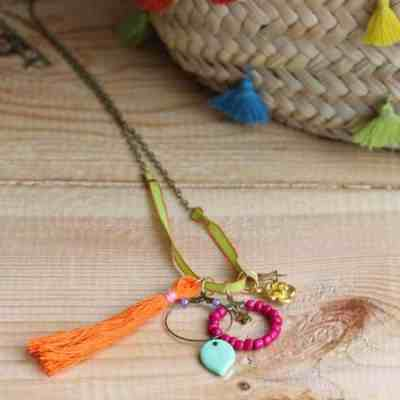 DIY Necklace with Charms | HelloNatural.co