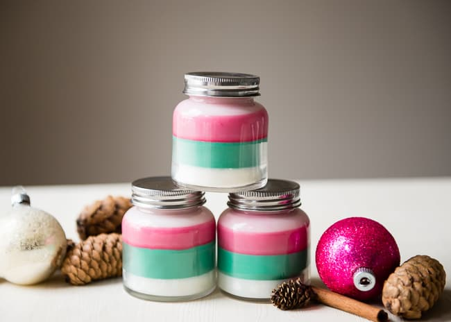 Layered Scent DIY Holiday Candles | HelloNatural.co