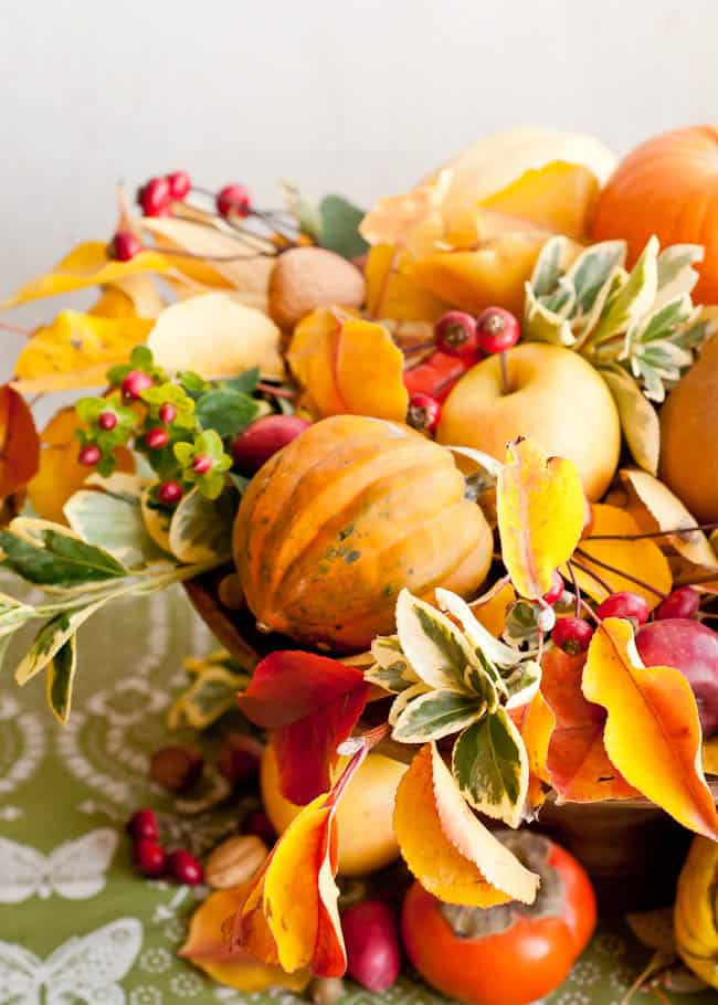 Natural Thanksgiving Centerpiece | Hello Natural