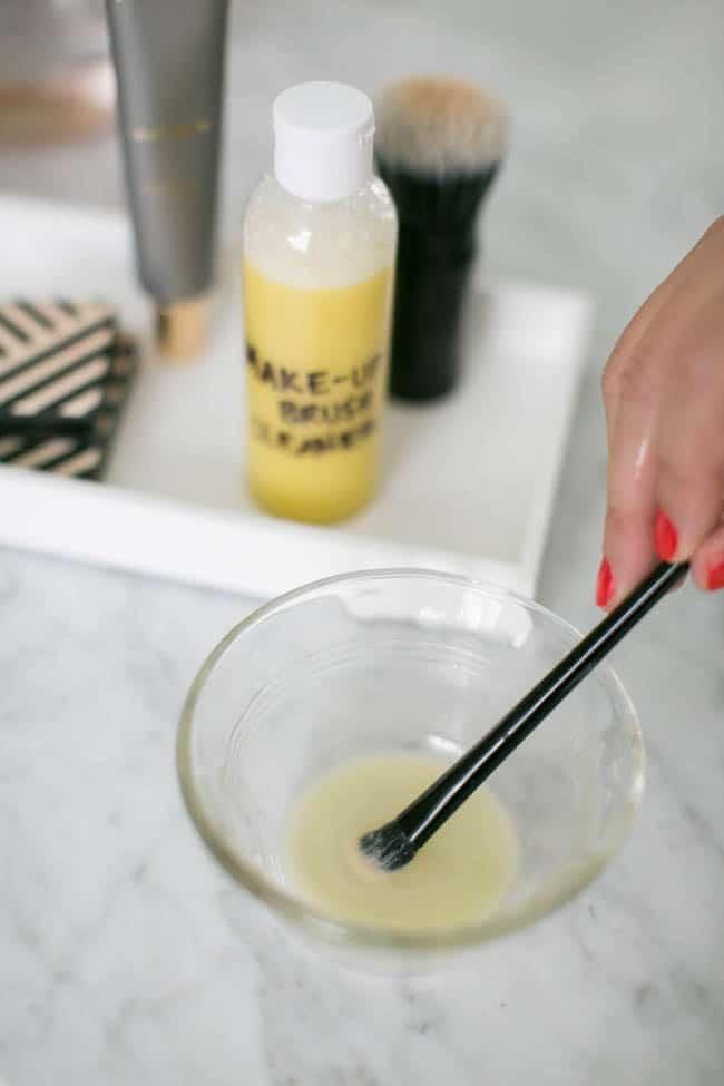 Makeup natural to Brush with brush makeup cleaner  How Homemade Cleaner homemade brushes Clean makeup