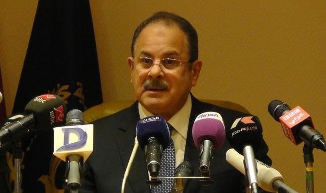 """وزير الداخلية يمنح شهيد حادث حلوان رتبة """"الرائد"""""""