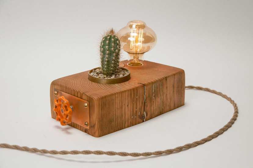 Hemlocke Studio Pics - 151006 Lamp 02 - N. Berends 0040
