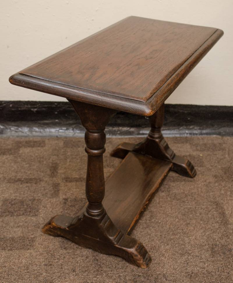 Victorian End Table Small Victorian Oak Side Table - Antique Tables - Hemswell