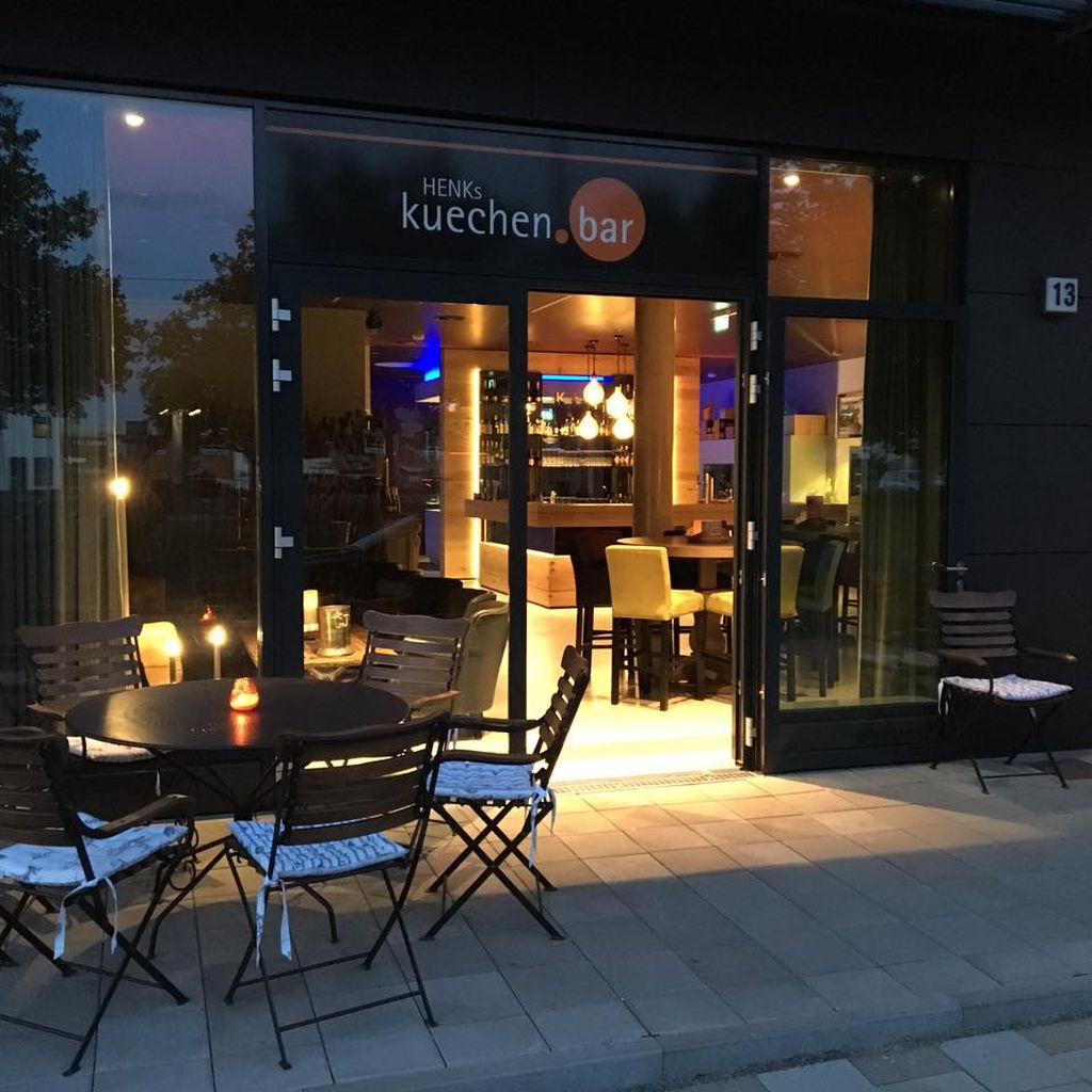 Küchen Bar Kuechen Bar Wein Bar And Event Location