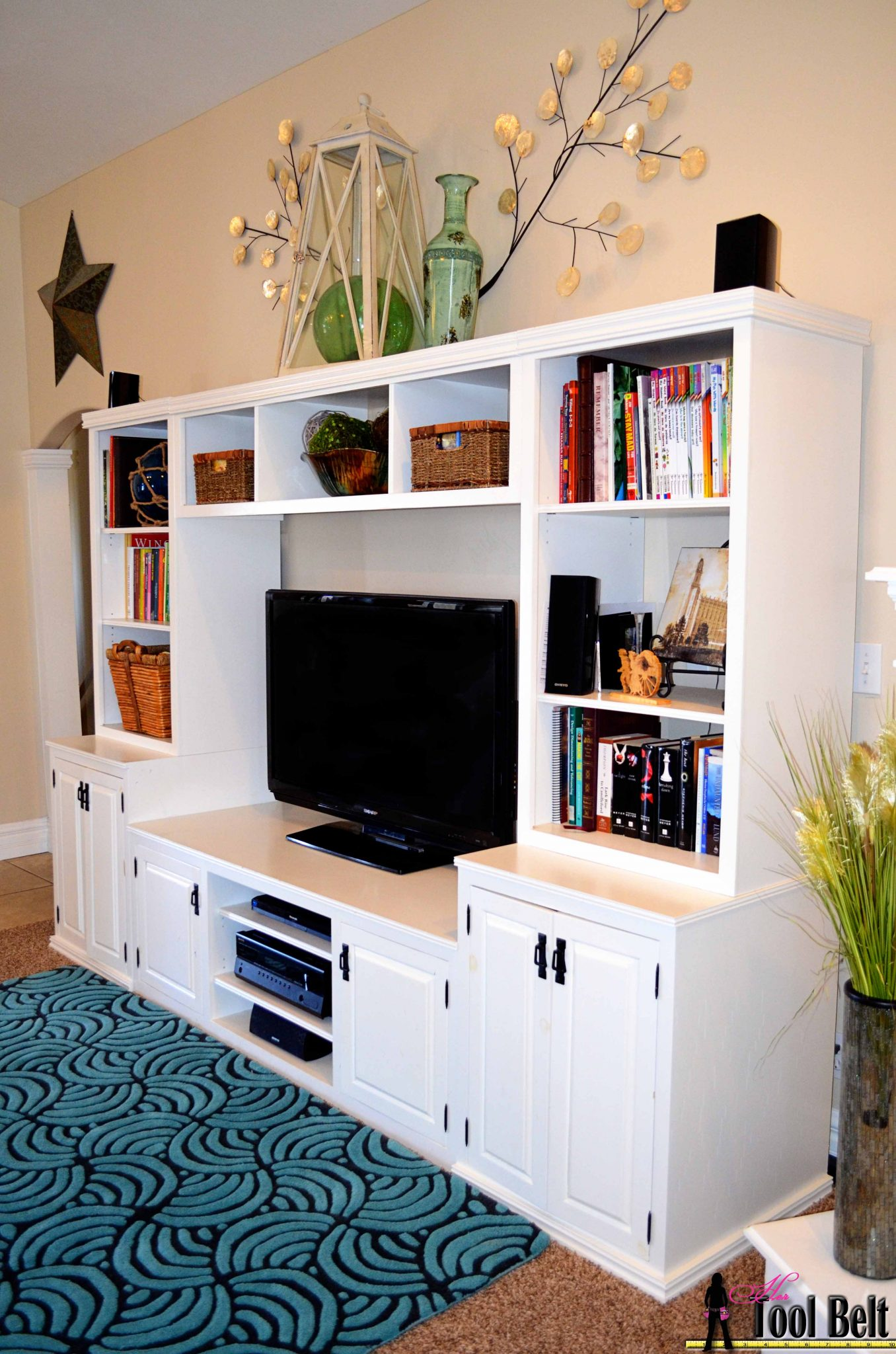 Diy Small Entertainment Center Entertainment Center Pb Media Center Plan Doors Her Tool Belt