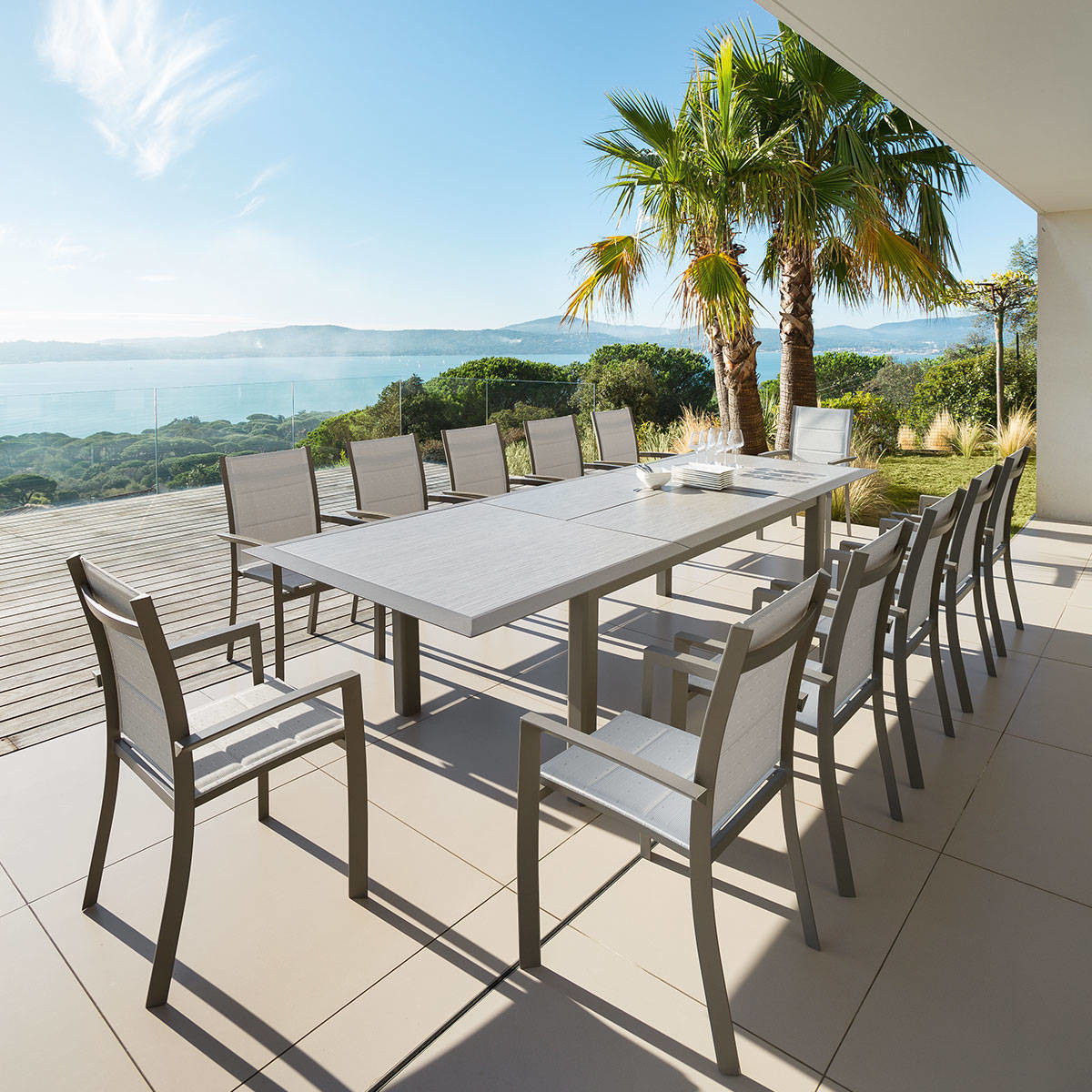 Table De Jardin Extensible 12 Places Table De Jardin Extensible Allure Taupe And Noisette