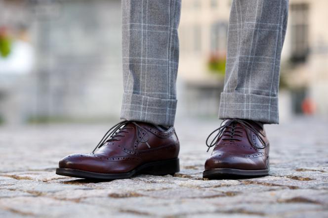 Men S Black Pants Gray Shoe