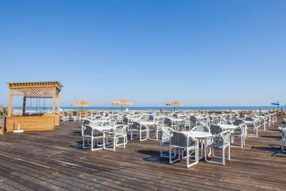 BEACH SEATING AREA 2
