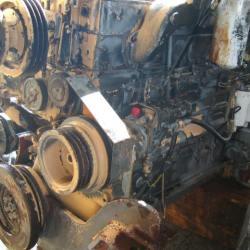 Komatsu D85A-18 Engine (2)