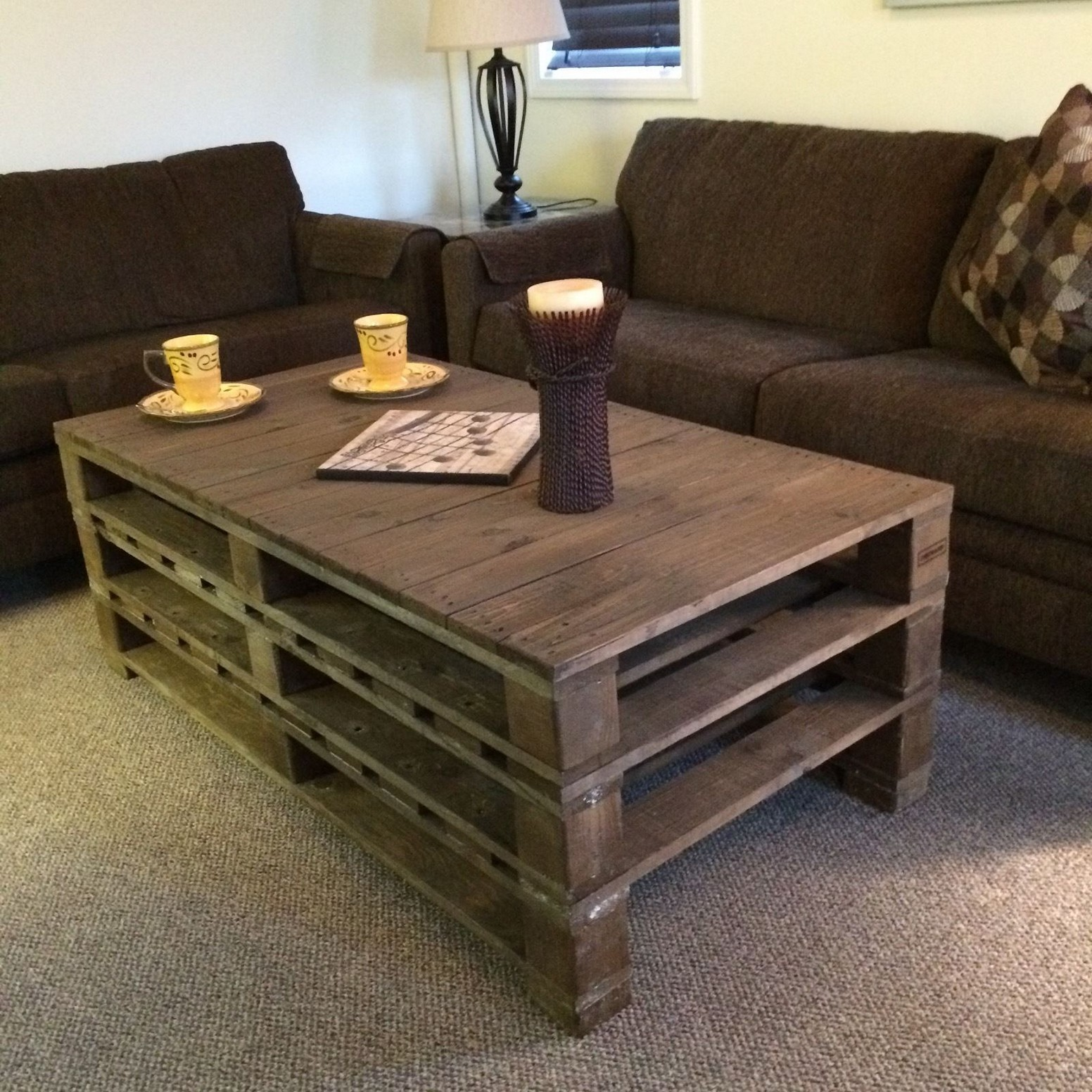 Diy Table With Pallets The Best 20 Diy Pallet Coffee Table Projects For Your Living Room