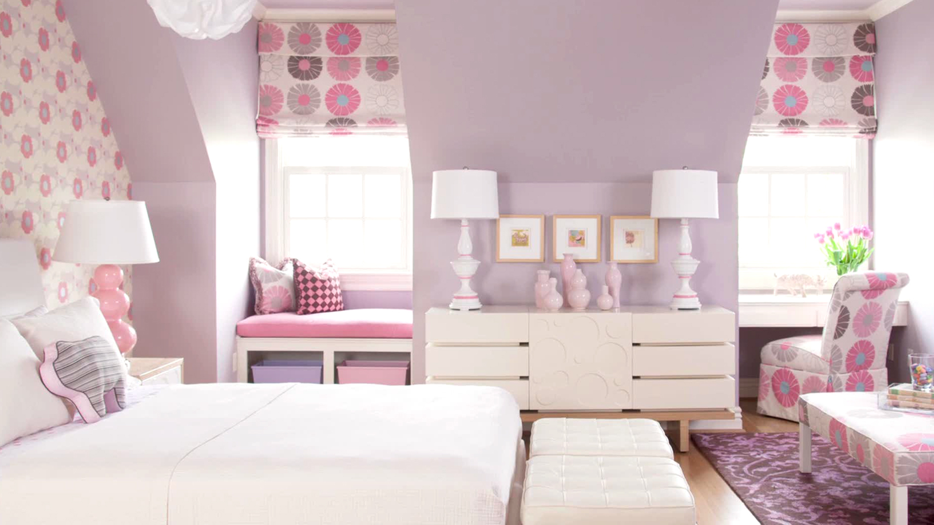 Small Bedroom Painting Ideas - Paint Colors for Small Rooms | HGTV