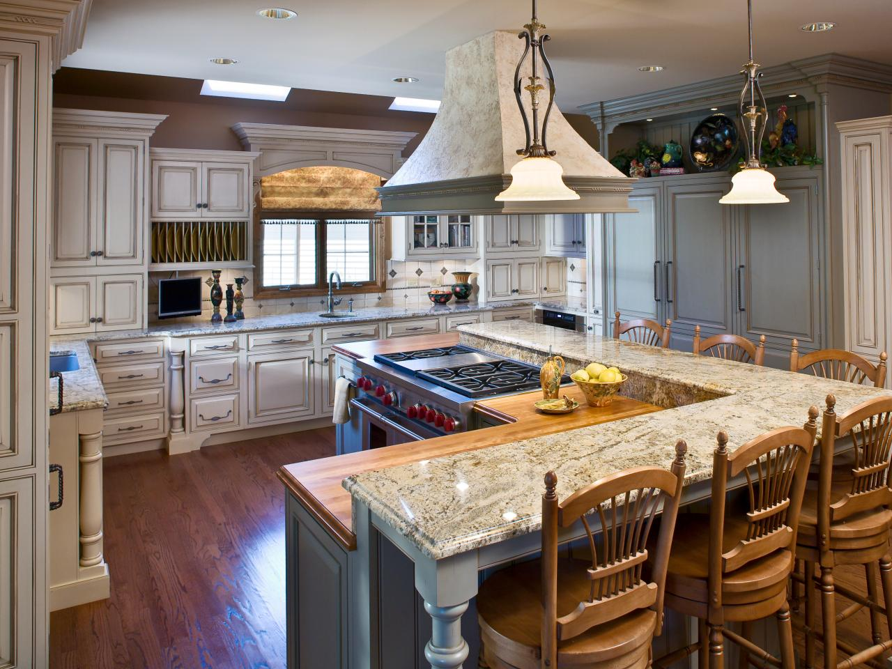 Show Me Kitchen Designs Small Kitchen Windows Pictures Ideas And Tips From Hgtv Hgtv