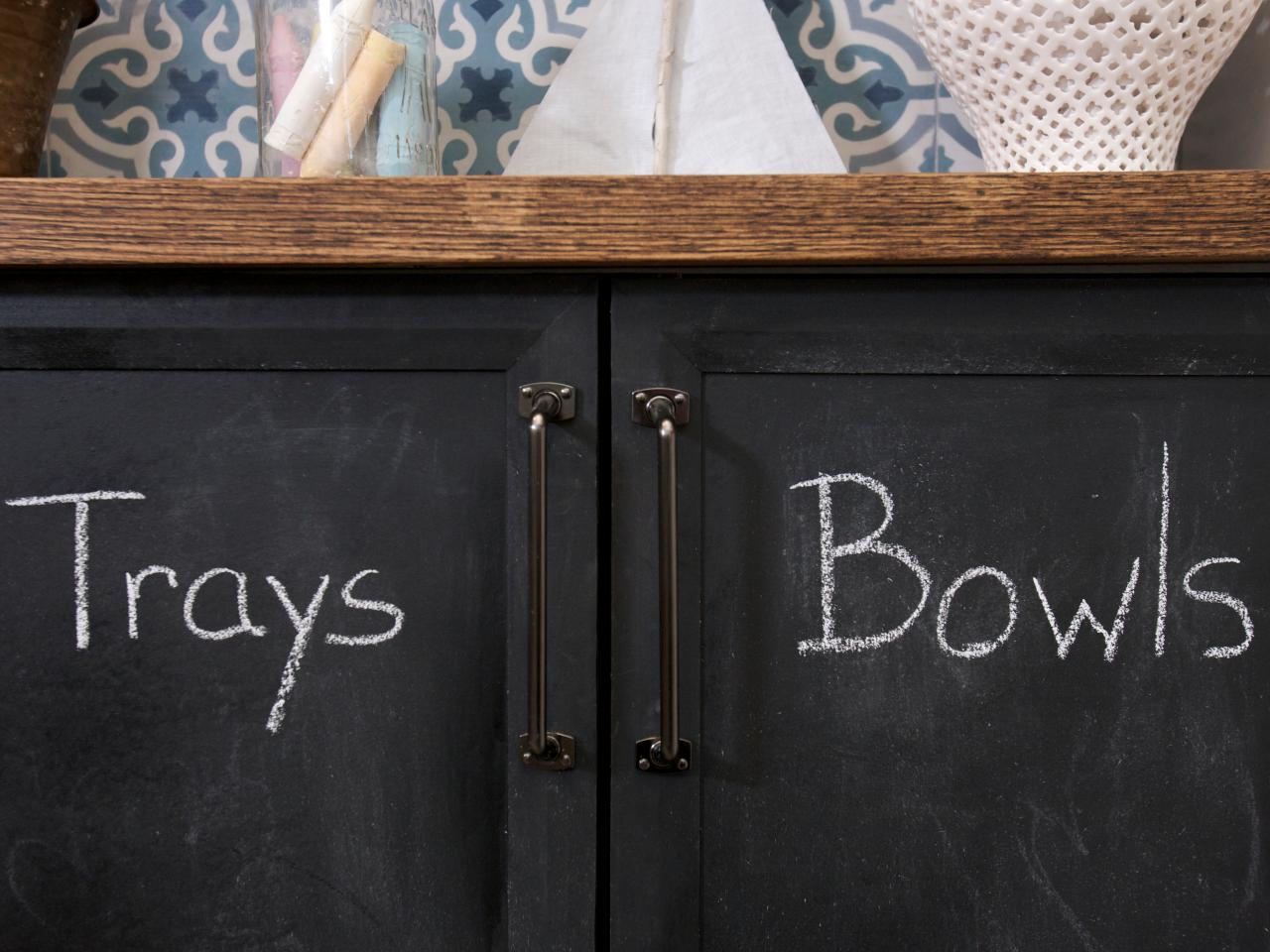 HDSW Chalkboard Cabinets With Chalk Sx Rend Hgtv