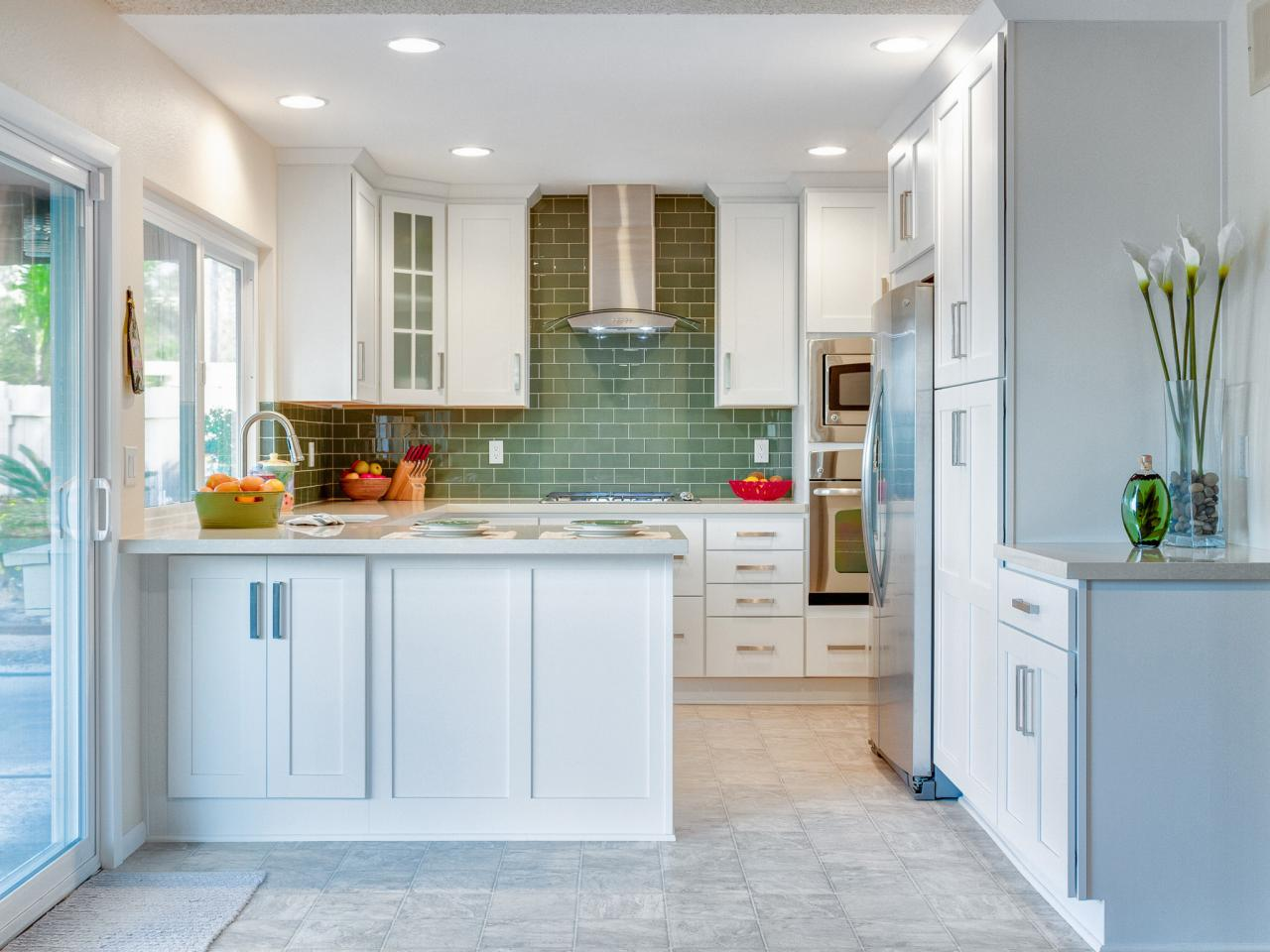 backsplashes small kitchens pictures ideas hgtv kitchen backsplashes kitchen backsplash pictures home design