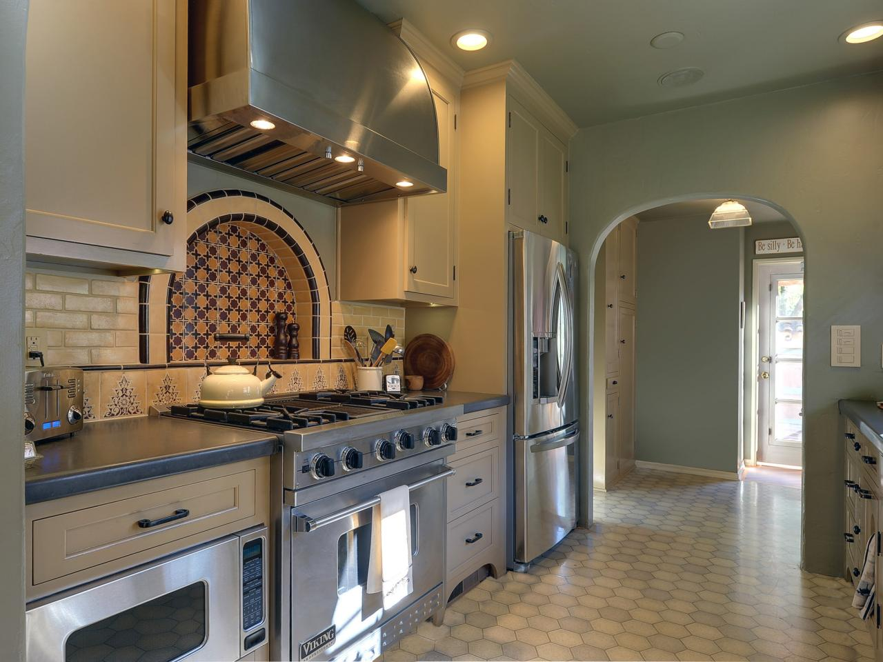 Show Me Kitchen Designs Mediterranean Kitchen Design Pictures And Ideas From Hgtv