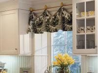 DIY Kitchen Window Treatments: Pictures & Ideas From HGTV ...