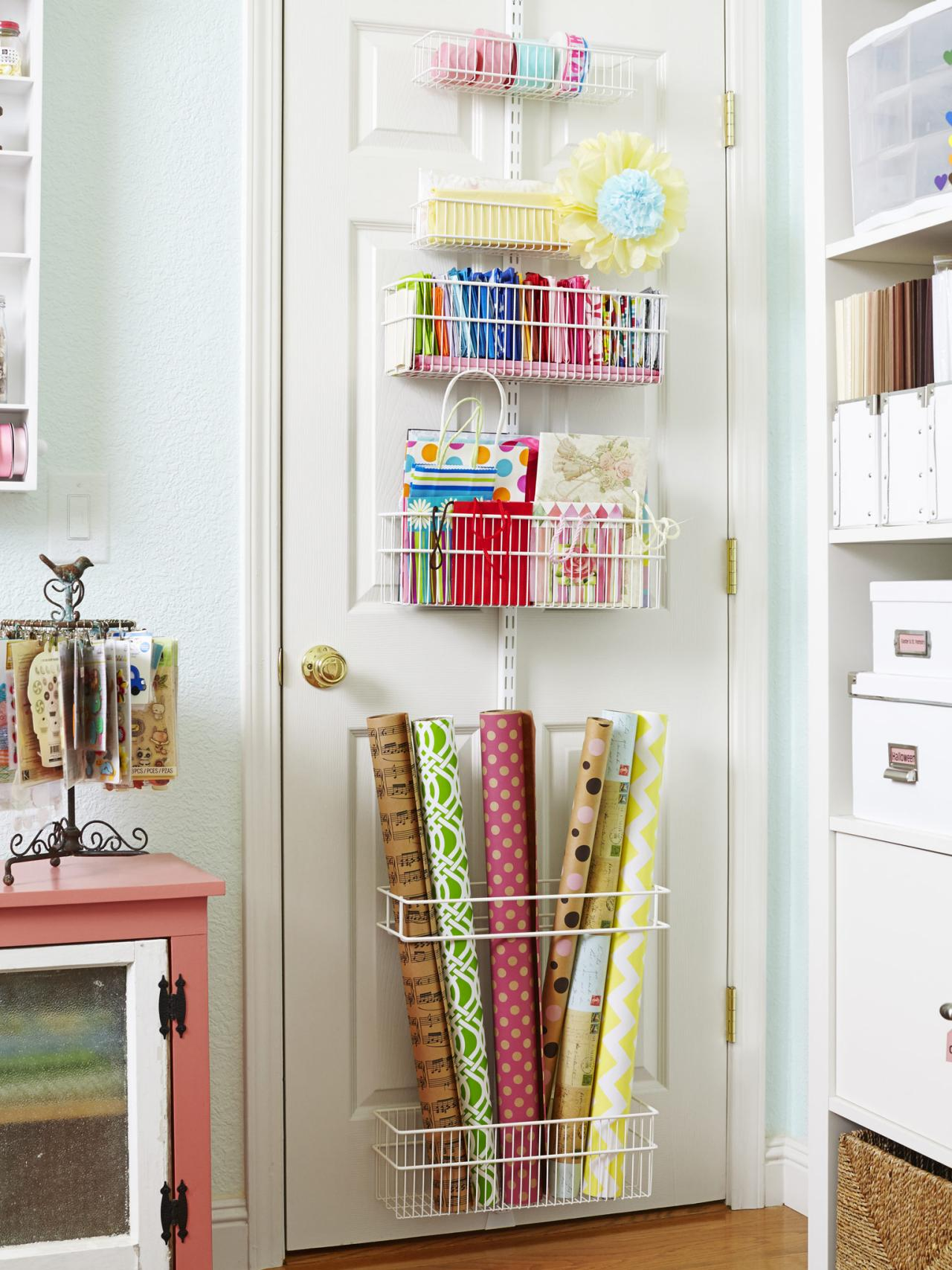 Art Decorating And Crafting How To Turn Any Space Into A Dream Craft Room Hgtv S Decorating