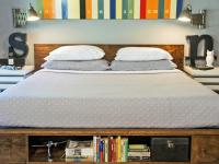20 Platform Beds That Fit in Any Style Bedroom | HGTV