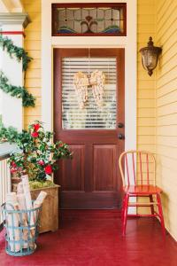 Hgtv Christmas Decorating Ideas 2015 Photograph | side door