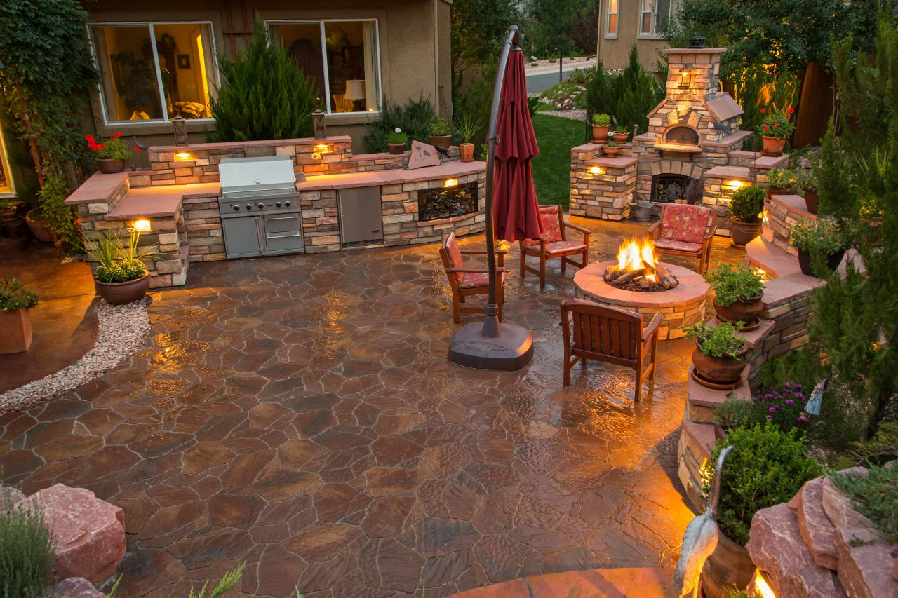 Outdoor Küche Pool 12 Gorgeous Outdoor Kitchens Hgtv 39s Decorating And Design