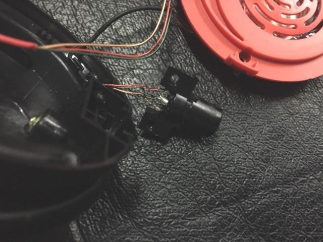 Ремонт Beats Mixr. Пропадает звук - замена разъемов.