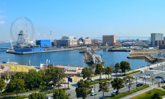 横浜開港祭の駐車場