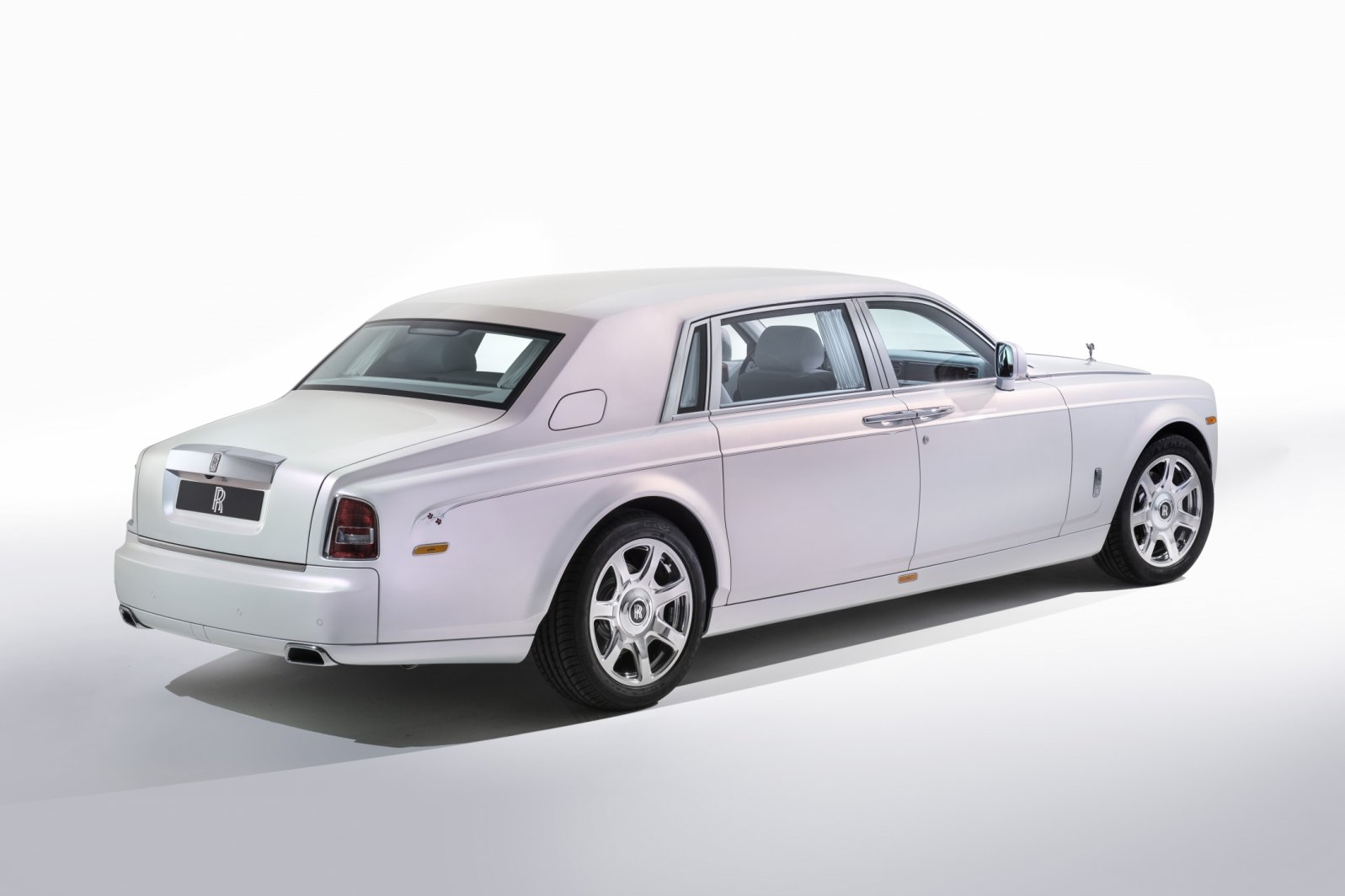 Phantom Serenity 2017 Rolls Royce Phantom Serenity Car Photos Catalog 2018