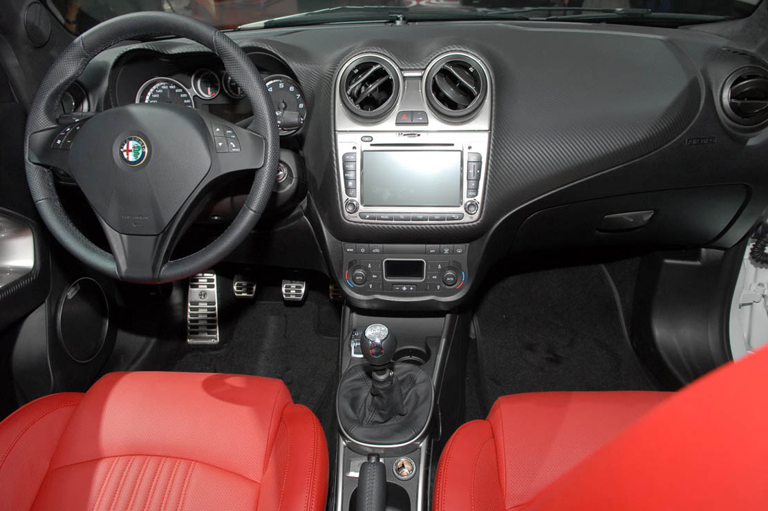 Alfa 147 Interieur 2010 Alfa Romeo Mito Quadrifoglio Verde Car Photos Catalog 2019