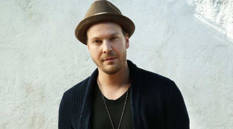 Gavin DeGraw she sets the city on fire