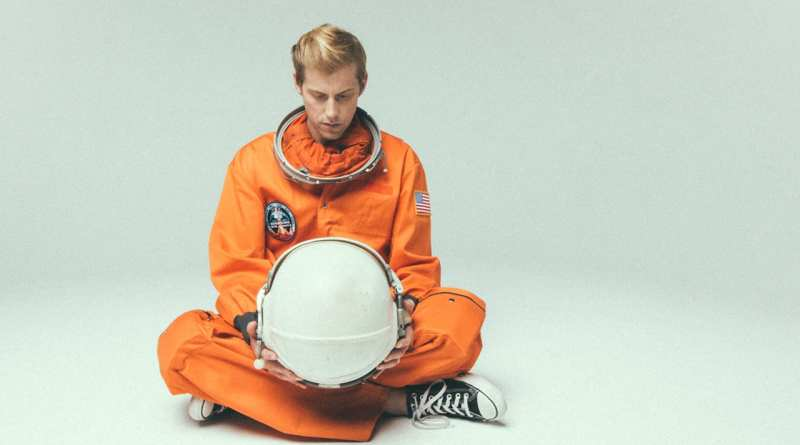"""Andrew McMahon Shares New Song, """"Brooklyn, You're Killing Me"""""""