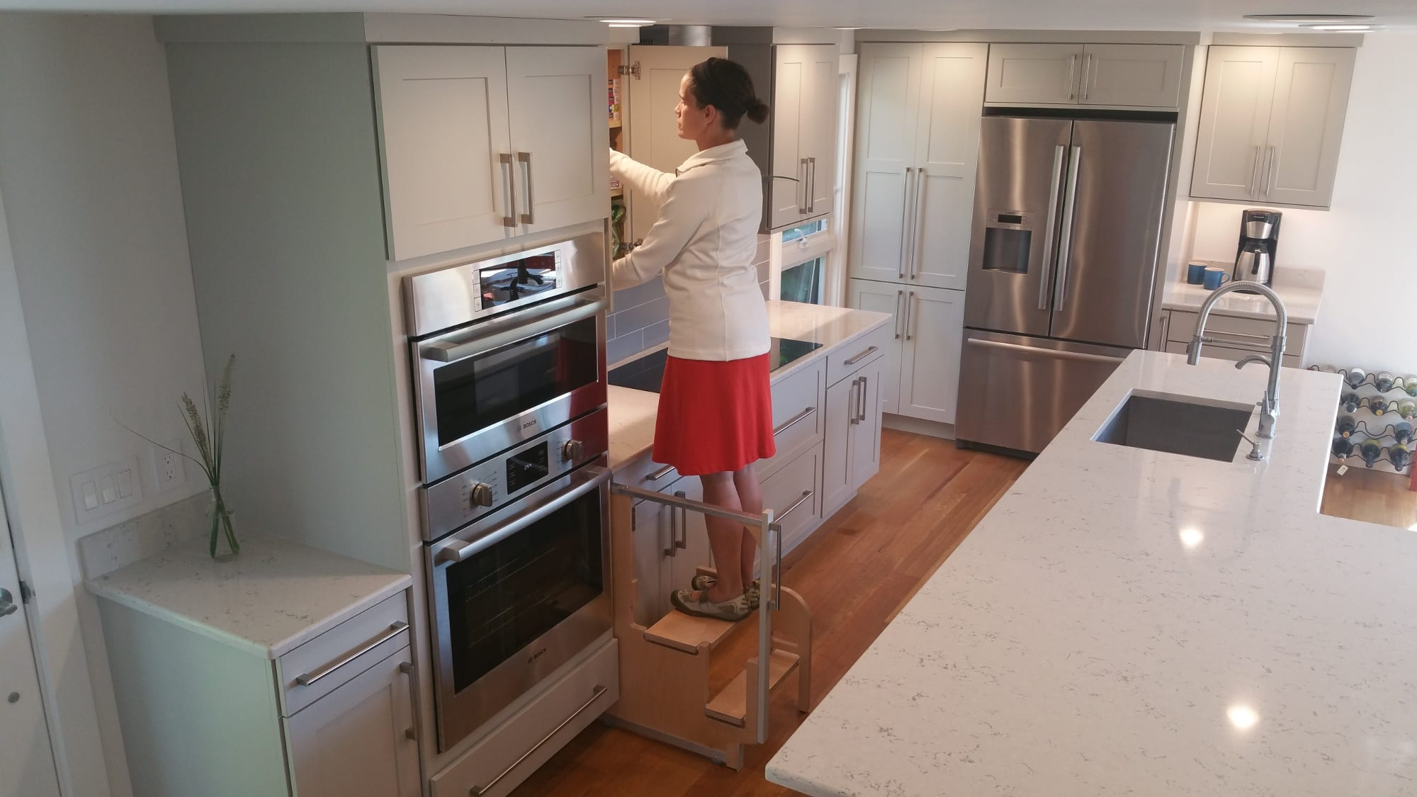 Kitchen Counter And Stools Step 180 Integrated Cabinet Step Stools Hideaway Solutions