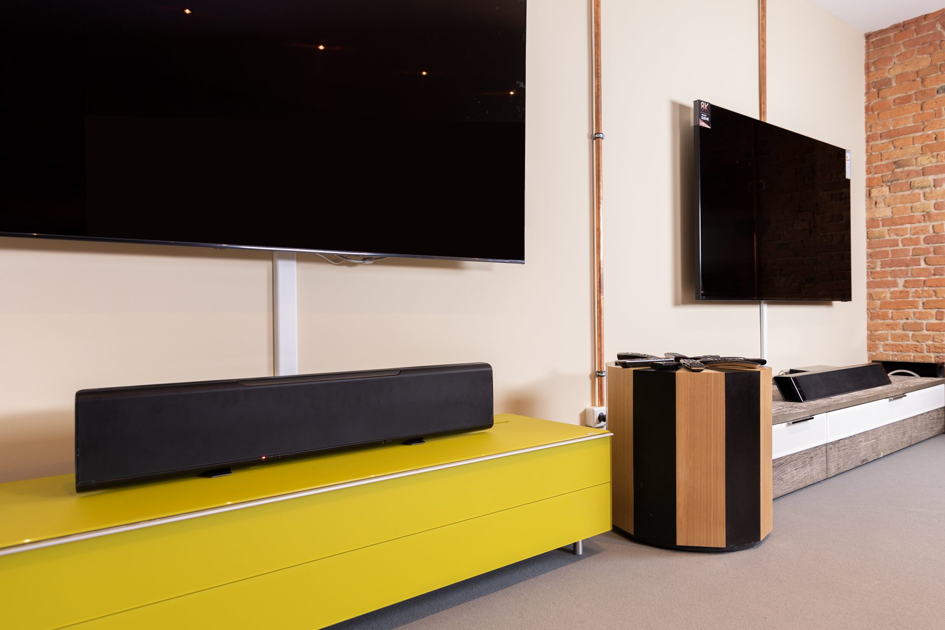 Hi Fi Tv The Soundbars In Our Tv Showrooms Hifi And Friends