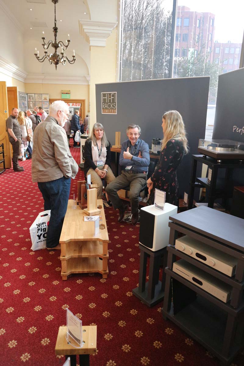 Atacama Hifi Rack Review The Bristol Hifi Show 2019 Report Static Stands Hifi Pig
