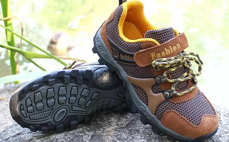 Best Hiking Shoes For Kids Expert39s Recommendations And